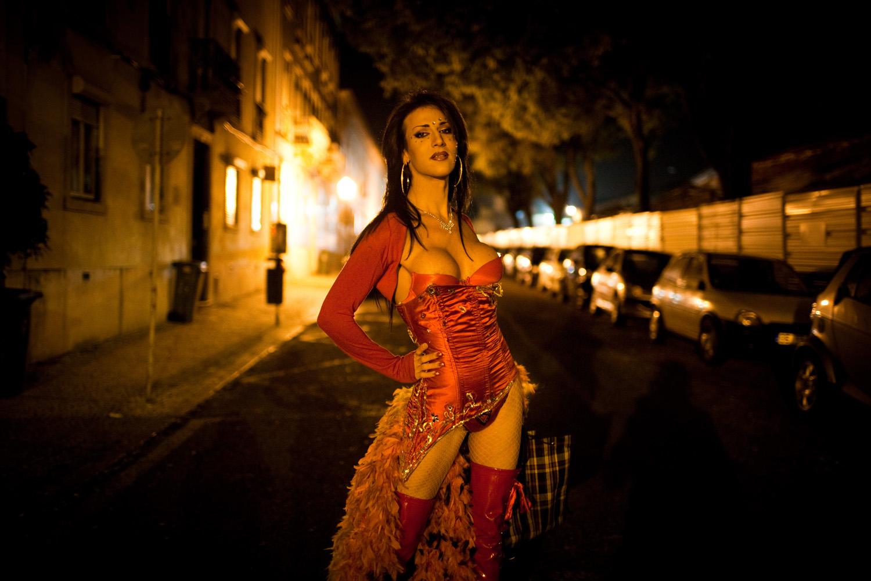 Katti Paris, transsexual. A caminho do Conde Redondo onde se prostitui.